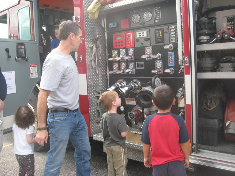 Aledo Fire Dept. at EPCL Storytime